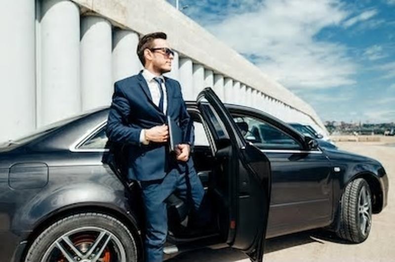 Carros Executivos com Motorista Poá - Carros Executivos para Alugar